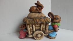 zajíc a vozík,velikonoční keramická dekorace