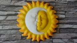 slunce závěsná dekorace v barevném provedení